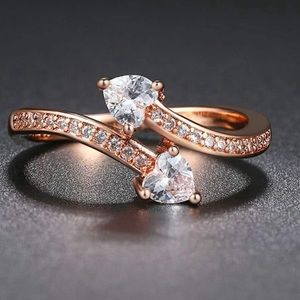 18K ROSE GOLD DOUBLE HEART DIAMOND WAVE RING